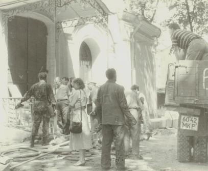 Храм Всех Святых Патриаршего Подворья во Всехсвятском на Соколе хотят захватить агенты влияния Саакашвили и разрушить строители-гастарбайтеры. I-1035