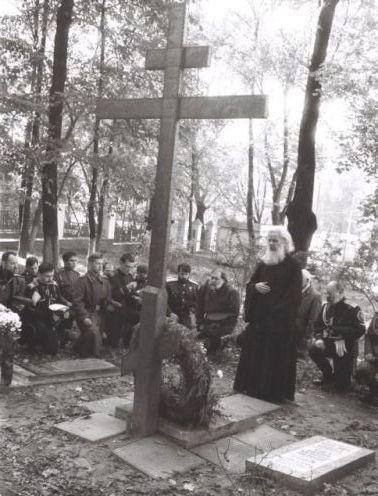 23 июля в Храме Всех Святых на Соколе прошла Панихида по Вадиму фон Каульбарсу и его усопшим соратникам. I-827