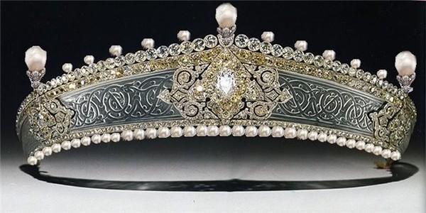 تيجان ملكية  امبراطورية فاخرة I-55838