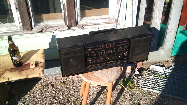 Audio un video tehnika, stereosistēmas, mājas kinozāles - bildēs. DSC00638.sized
