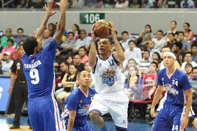 Reyes hits out at Castro, LA after 'terrible, terrible' game for Gilas Gilas-castro1