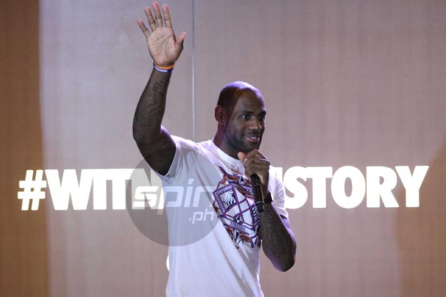 VIDEO: 'King James' gets the royal treatment in visit to Manila Lebronmanila2