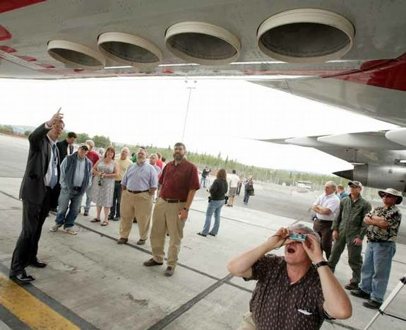 Chemtrails : Un météorologue américain confirme les épandages mondiaux Skitched-20120721-092039