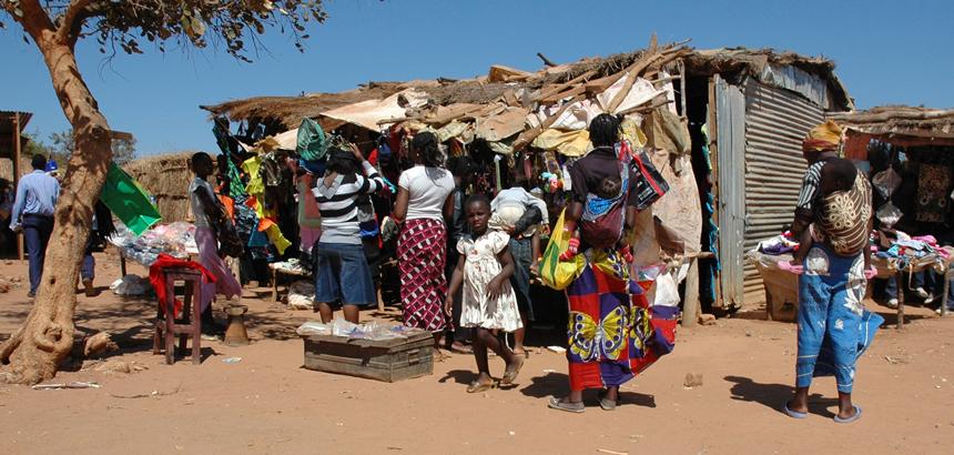 Afrika - Page 16 Village-market