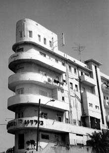 stowa - [REVUE] Stowa Antea Small Second : l'horlogerie à l'heure du Bauhaus 40