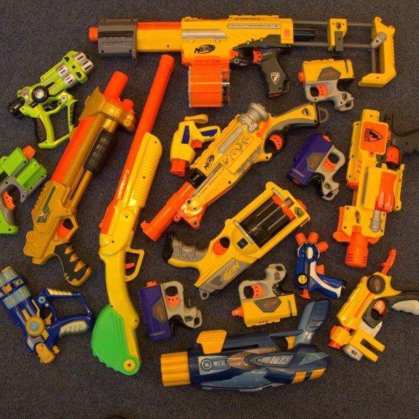 AHHHHHHHHHHHHHHHHHHHHHHHH Nerf-guns-600x600
