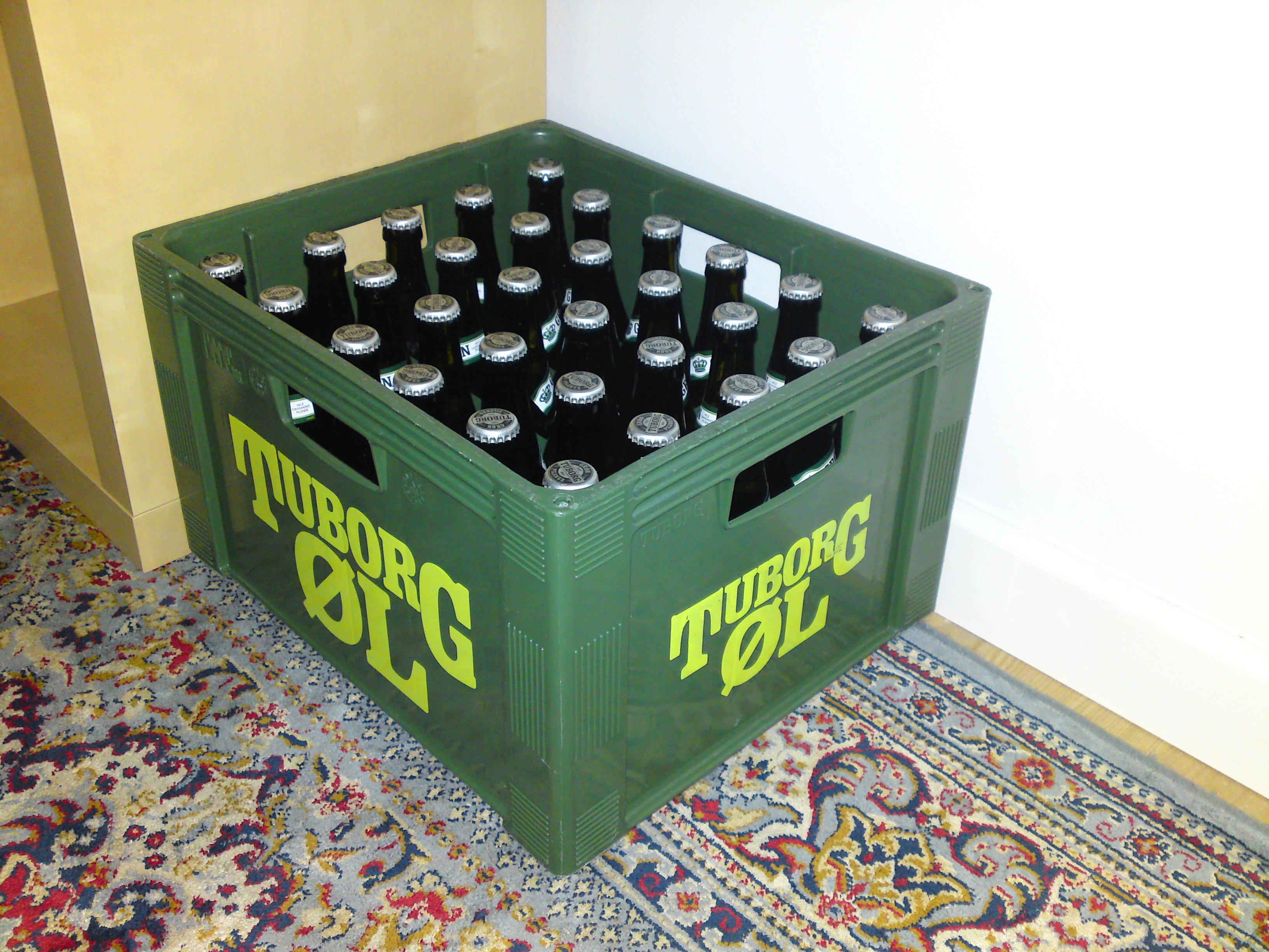 Cambio un buen videojuego por una foto de mis tetas/cerveza gratis/una cubana - Página 2 Dsc01036