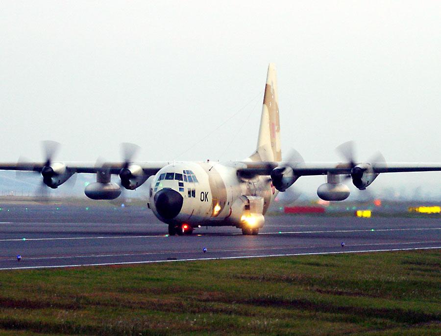 طائرات النقل العاملة بالقوات المسلحة المغربية CNA-OK20C130
