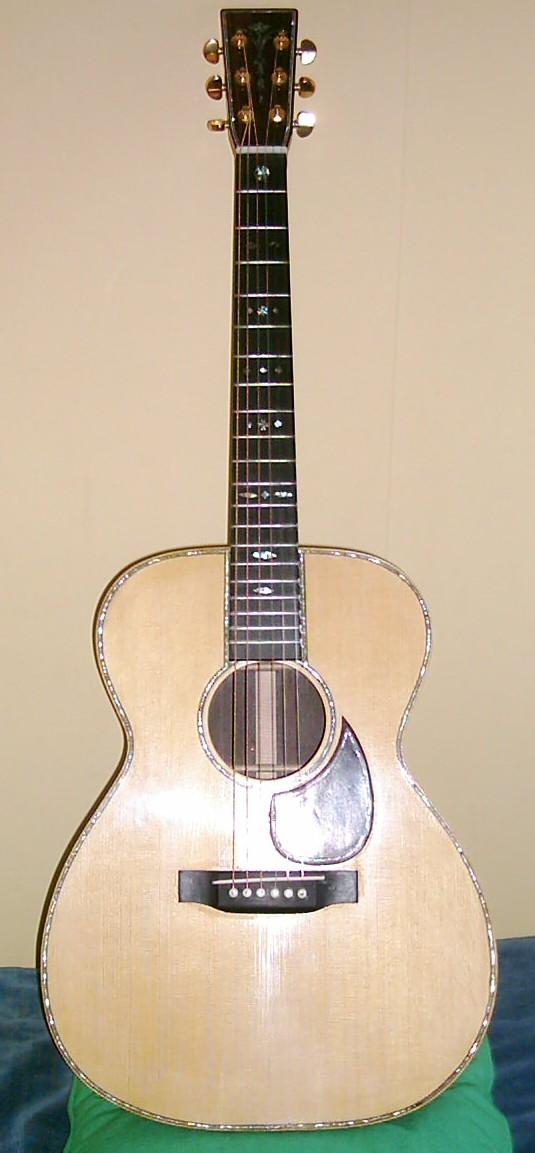 Les guitares d'un luthier aussi amateur que passionné ... OM42_2
