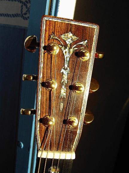 Les guitares d'un luthier aussi amateur que passionné ... OM42_23