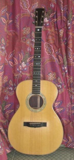 Les guitares d'un luthier aussi amateur que passionné ... OM%20mada%20015small