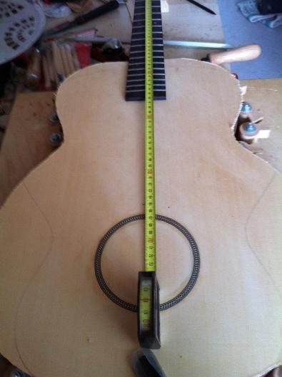 Les guitares d'un luthier aussi amateur que passionné ... - Page 5 Reso%20017