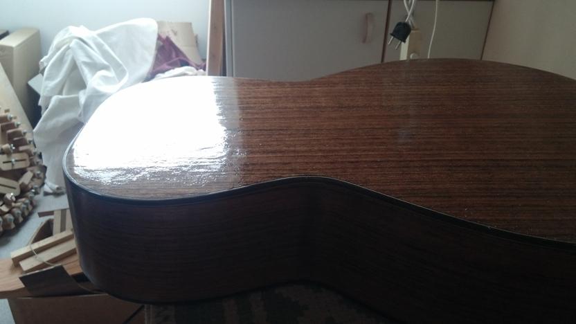 Les guitares d'un luthier aussi amateur que passionné ... - Page 25 20140812_160454