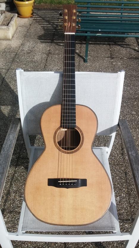 Les guitares d'un luthier aussi amateur que passionné ... - Page 25 20140827_181557