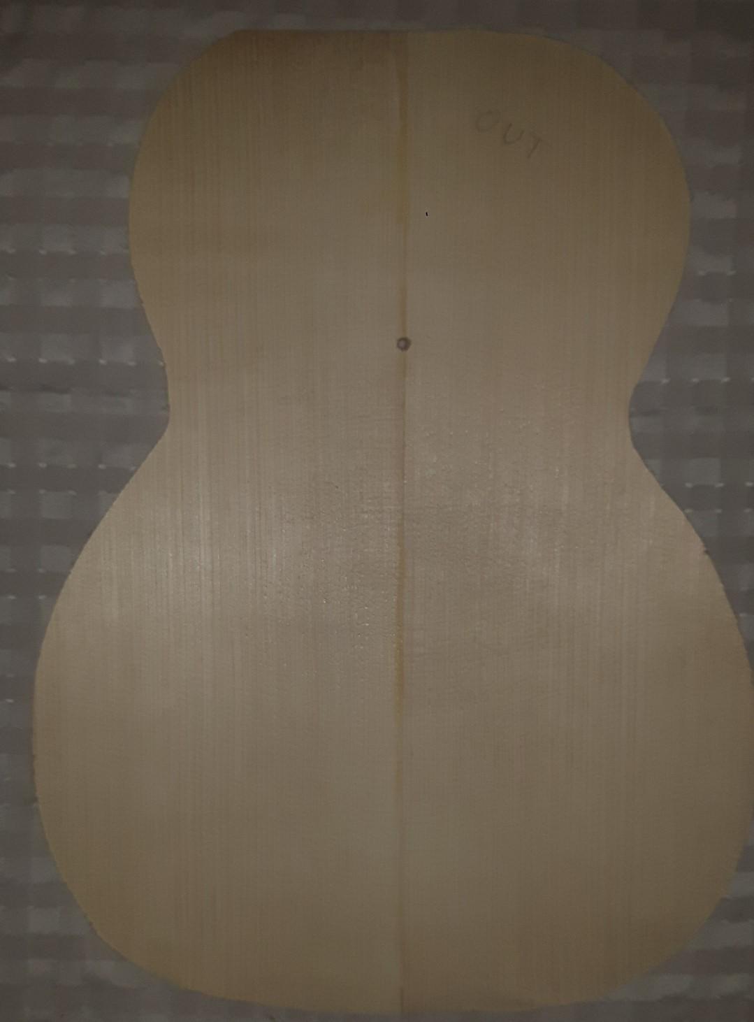 Les guitares d'un luthier aussi amateur que passionné ... - Page 29 20201109_171220