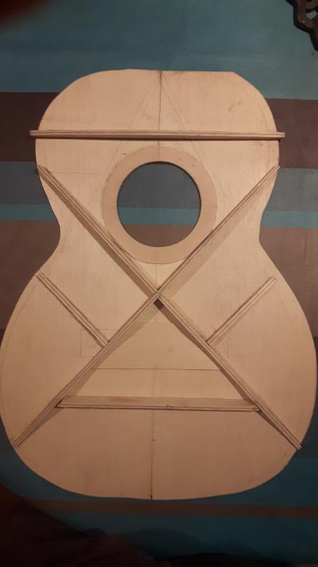 Les guitares d'un luthier aussi amateur que passionné ... - Page 30 20201118_190506