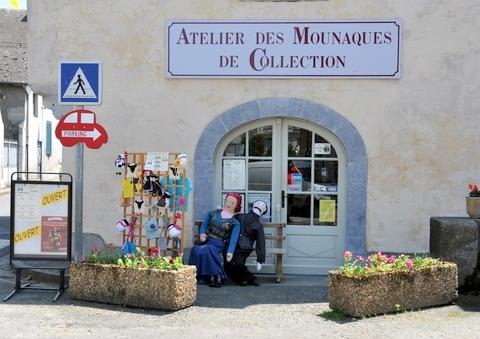 CAMPAN (Pyrénées) Campan-Les-Mounaques