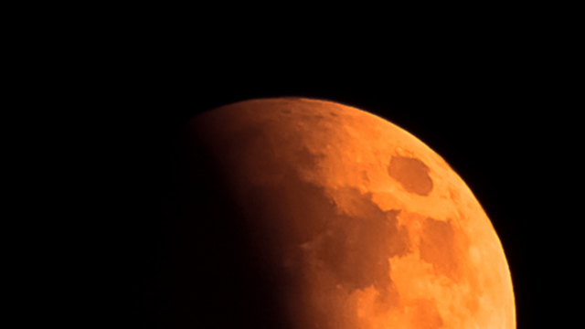 Longest Total Lunar Eclipse of the Century Marks the Beginning of the End 5b58b63cfc7e93a87c8b45eb-640x360