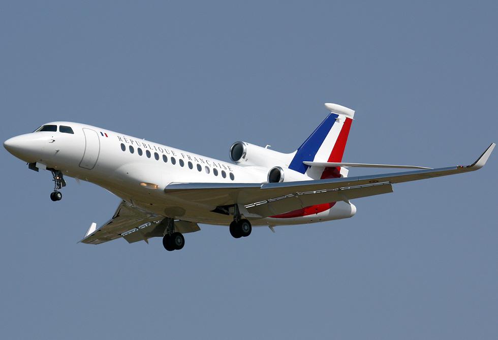 Apercevoir Air Sarko Falcon-7-x-republique-francaise-f-rafa-50