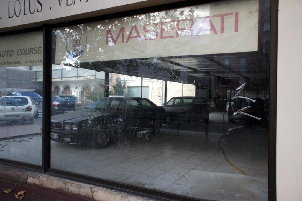 Photos concessions Maserati BANMASERATI5