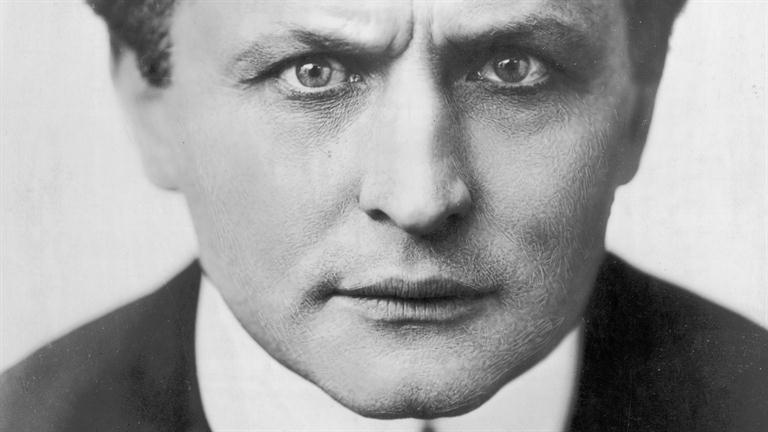(HUMOR) Respuestas existenciales a los Aviones rusos del DCS Harry-Houdini_Death_HD_768x432-16x9
