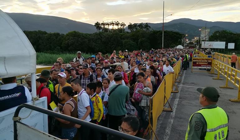 Venezuela-Brasil - Página 6 1535226875_093213_1535227098_noticia_normal
