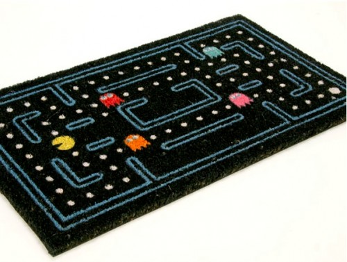 L'univers des Geeks - Page 4 Pac-man-door-mat-500x377