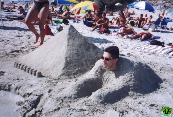 منحوتات رملية Egypt-theme-sand-sculpture