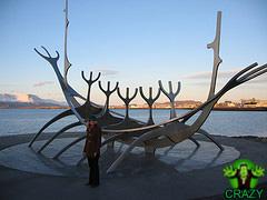 تماثيل ومنحوتات غريبة Beautiful-sculpture