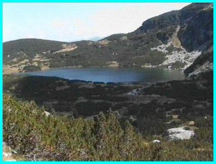 Le cousin bulgare du monstre du Loch Ness Lac2