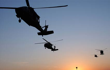 Black Military Helicopters Conduct Covert Exercises Over Chicago Blackhelicopters