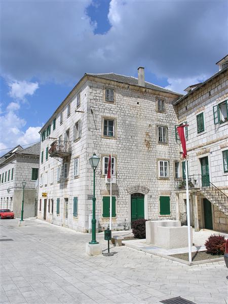 Slike gradova po azbuci Croatia_dalmacija_imotski_0004