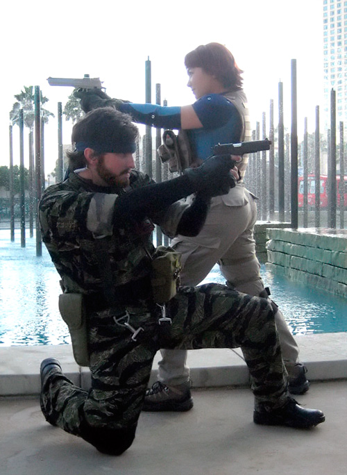 Projet de tenue :  Snake (Big Boss) Naked-snake-meryl-cosplay