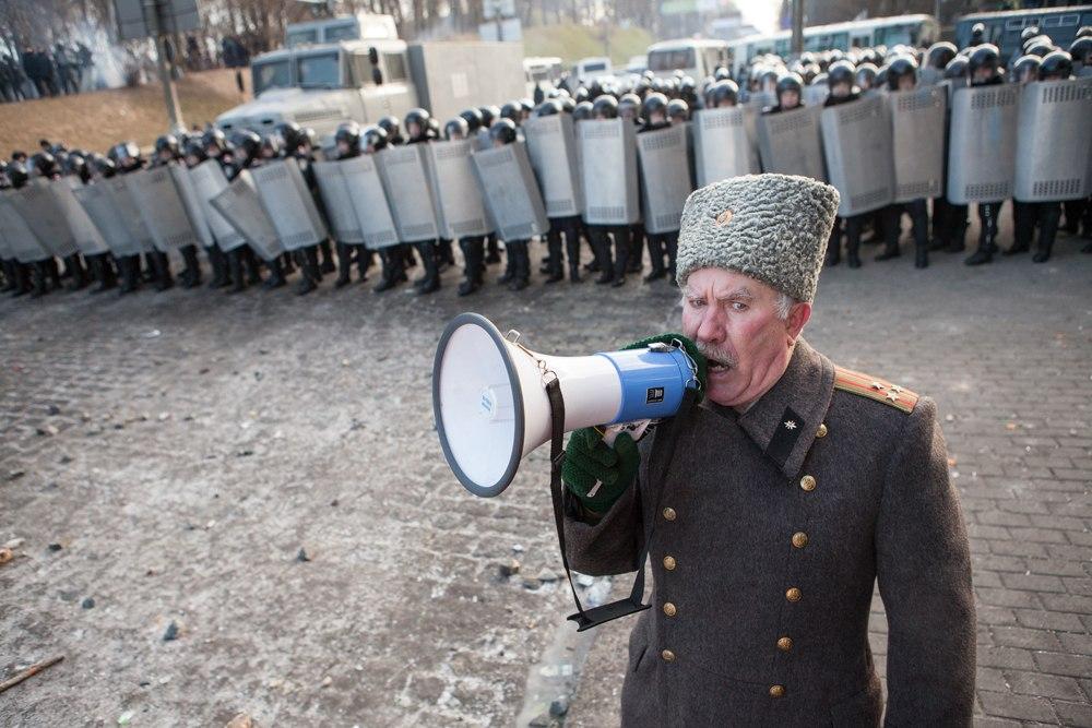 На Украине опять бунт 2Cz_dEOgQm4