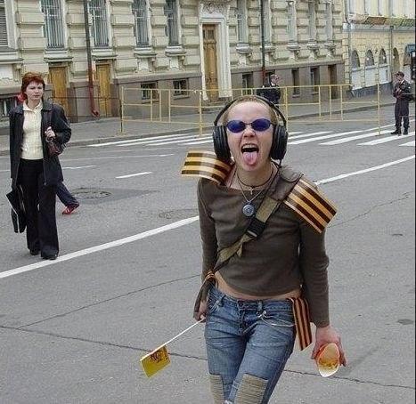 День победы в РФ: как, кто, зачем и почему?  XBu0x25gcKM