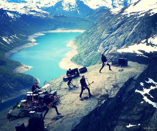 Роскошные пейзажи Норвегии - Страница 6 1435063967_1665517301