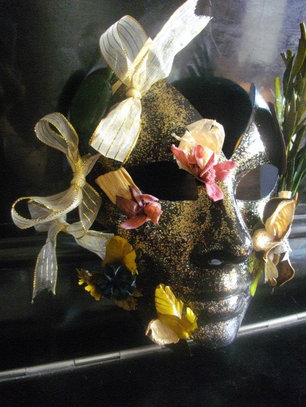 Венецианские маски - Страница 2 Y_05c9891e