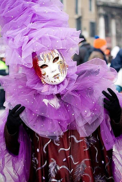 Венецианские маски Y_65267820