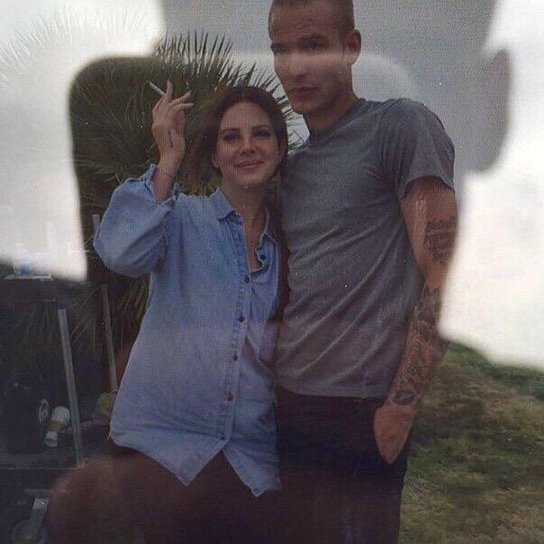 "Lana Del Rey >> álbum ""Honeymoon"" - Página 7 OBoDIoIVFFk"