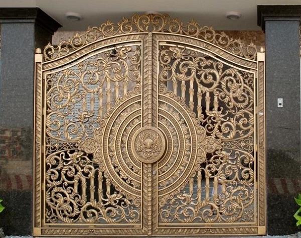 Cửa cổng nhôm đúc và những đặc trưng nổi bật nhất  244752703_orig