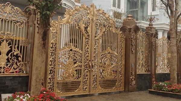 Cửa cổng nhôm đúc và những đặc trưng nổi bật nhất  Cua-cong-nhom-duc-va-nhung-dac-trung-noi-bat-nhat-01_orig
