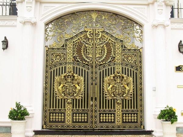 Cửa cổng nhôm đúc và những đặc trưng nổi bật nhất  Cua-cong-nhom-duc-va-nhung-dac-trung-noi-bat-nhat-03_orig