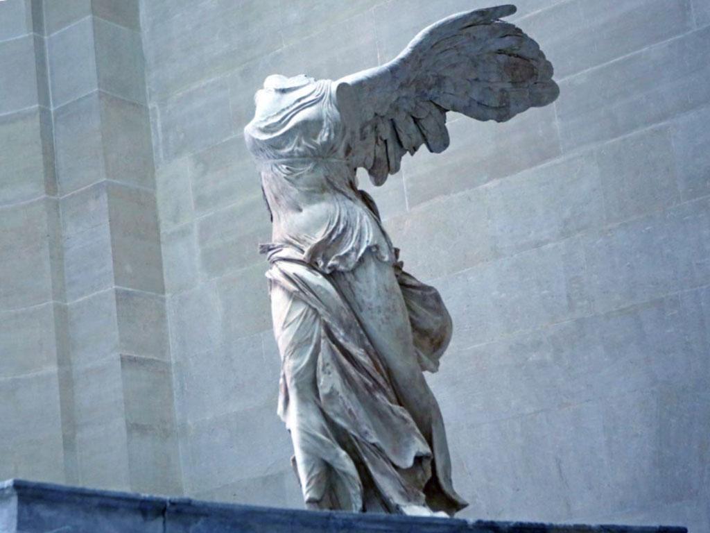 Grandi maestri scultori Nike-alata-scultura