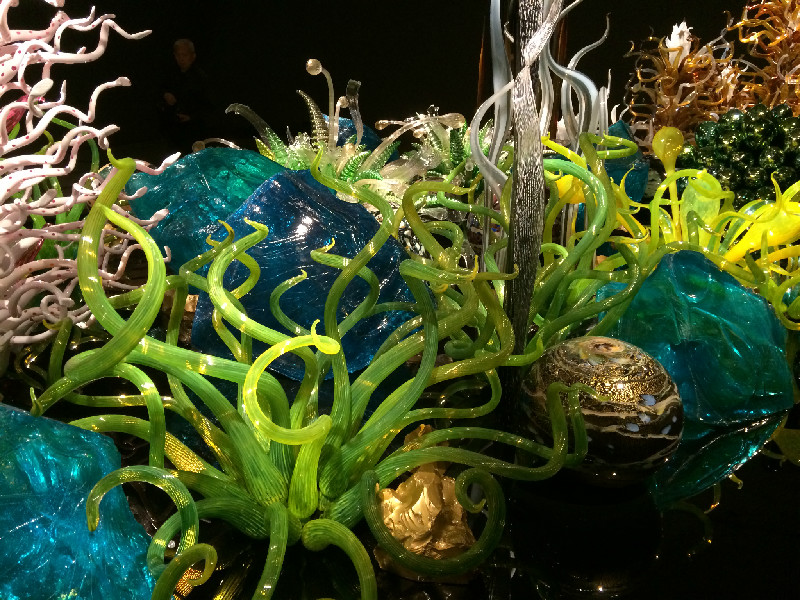 Dale Chihuly LagunaTorcelloBlueDetail800