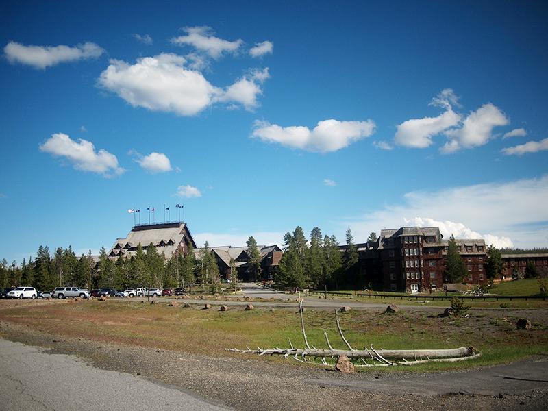 [USA - 3] Cross Country - Yellowstone 20120611_2032