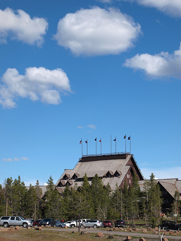 [USA - 3] Cross Country - Yellowstone 20120611_2033