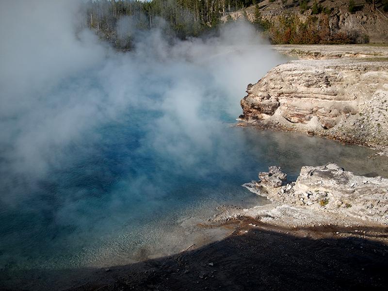 [USA - 3] Cross Country - Yellowstone 20120611_2077