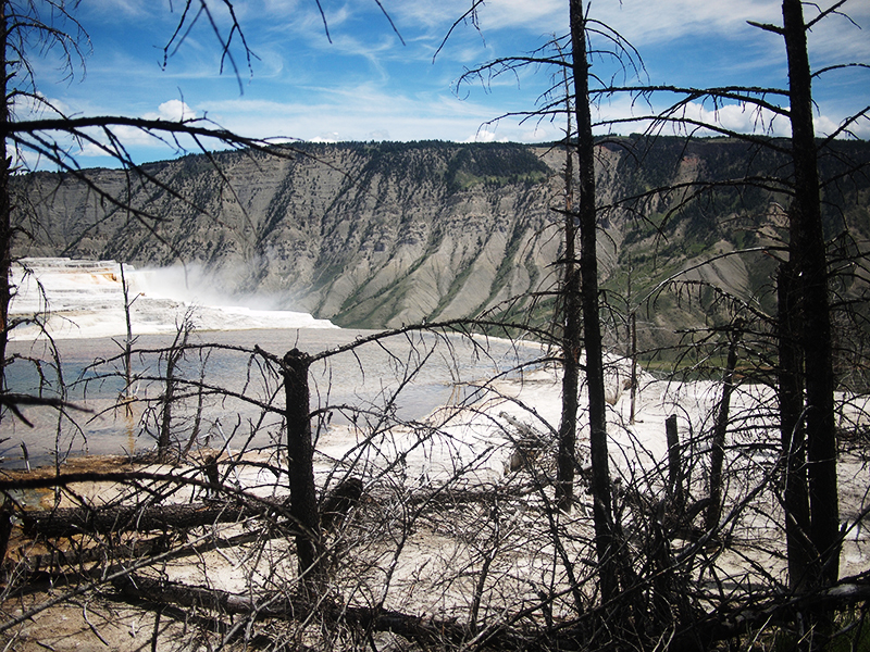 [USA - 3] Cross Country - Yellowstone 20120612_2248