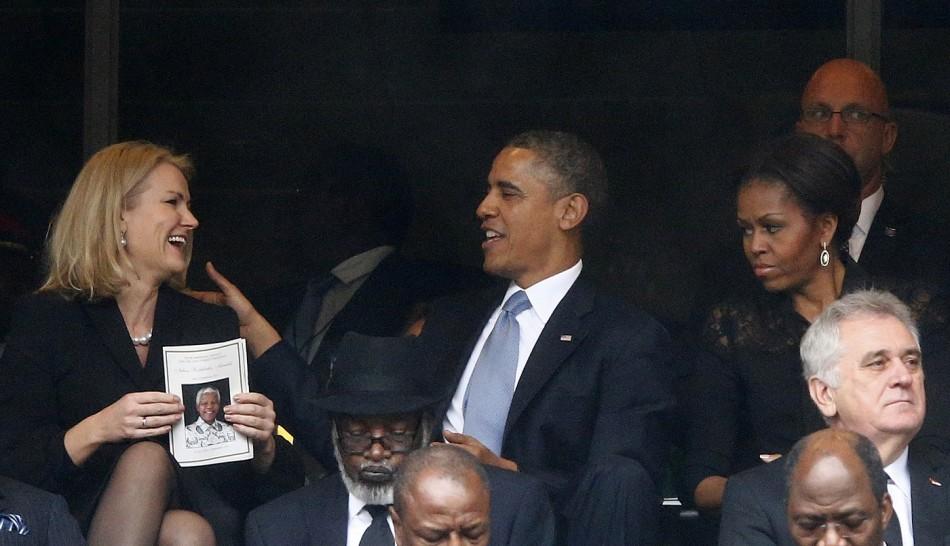 namorada é f*** kkk Michelle-obama-mandela