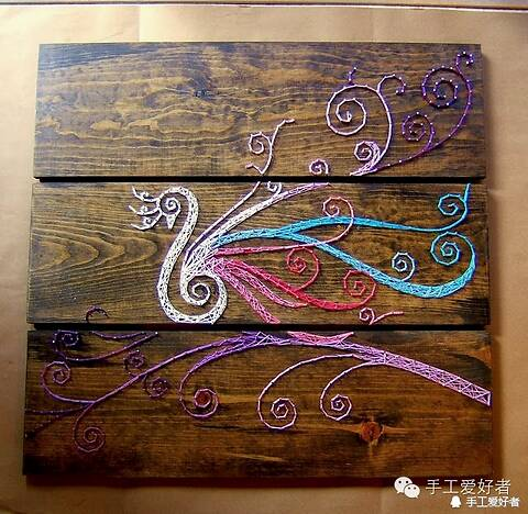 لوحات فنية جميلة باستخدام الخيوط والمسامير Default_1235_d053134636b9915bf6172d7f5ce0af52_w640_h624